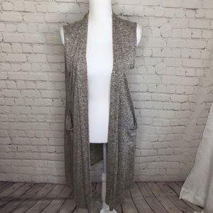 Tiffany & Grey Long Sleeveless Cardigan